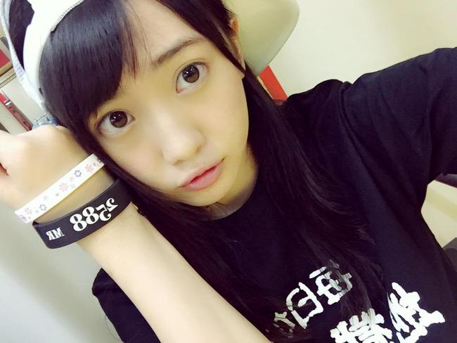 AKB48木崎ゆりあ。ラジオで卒業宣言!今後は女優の道一本か?可愛い私服を振り返ってみた♡