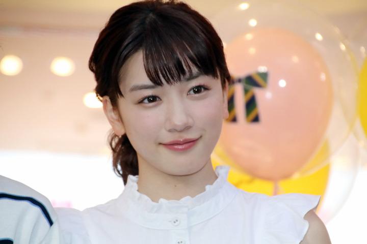 NHK朝ドラのヒロインを射止めた可愛い永野芽郁♡プロフィールや性格は?美の秘訣って?