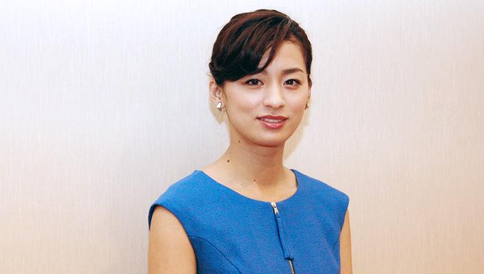 面白い尾野真千子♡大自然育ちのエピソード!映画「いつまた、君と ~何日君再来~」で向井理の奥さん役に。