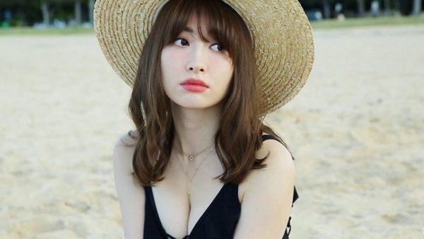 元AKB48の小嶋陽菜さんの熱愛報道♡お相手の宮本拓さんのプロフィールは?こじはる的美容の秘訣は?ユニクロCMのジンクスで結婚する?
